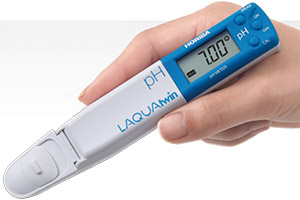 Compact Horiba LAQUA Twin pH Meters. Available in Australia from the Meter Man, David von Pein